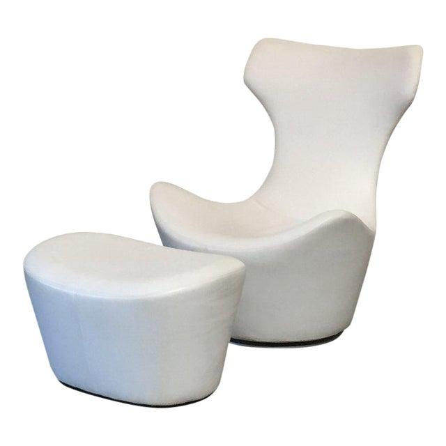 Modern B&b Italia 'Grande Papilio' Lounge Chair & Ottoman | Chairi