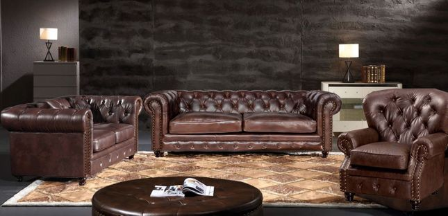 Eskridge Traditional Brown Chesterfield Sofa & Loveseat Set In .
