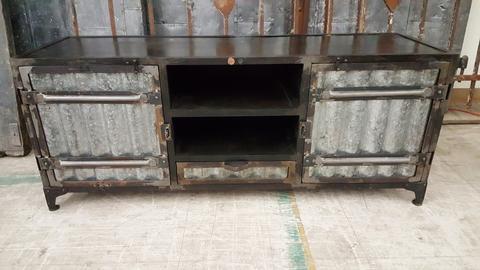 Corrugated Metal Media Stand – Antiquities Warehou
