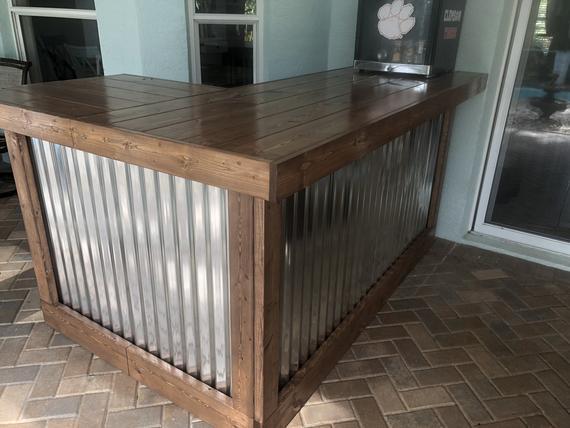 Walnut Beach Bar 7 x 4.5 Rustic style corrugated metal/wood | Et