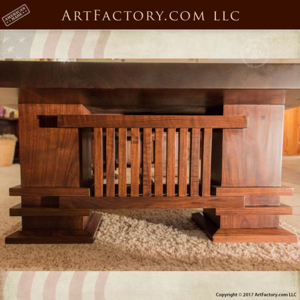 Craftsman Style Coffee Table - Frank Lloyd Wright Desi