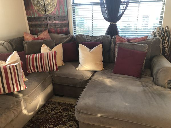 MOVING SALE!!! Living Spaces Delano Smoke Sectional Couch w .