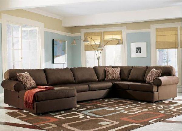 LARGE ORLANDO SECTIONAL MADE IN USA - (ELK GROVE WAREHOUSE) for .