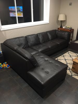 New and Used Sofa for Sale in Stanwood, WA - Offer