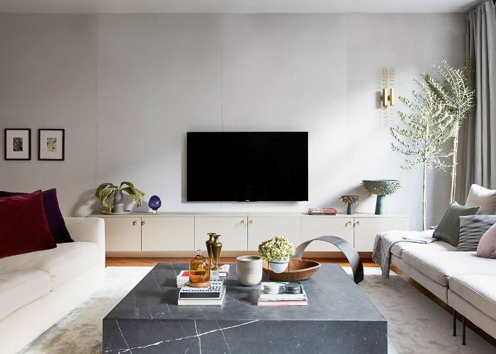 How to Choose the Right Coffee Table for Your Spa
