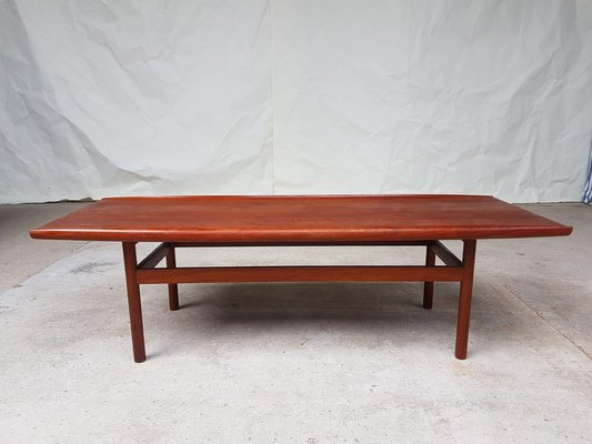 Large Mid-Century Teak Coffee Table from Dalescraft, 1960s for .