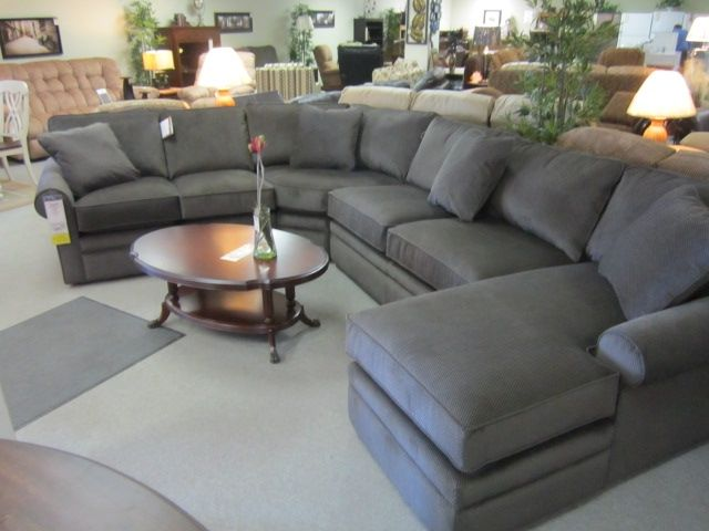 La-z-boy Collins sectional | Living room redo, Sectional .