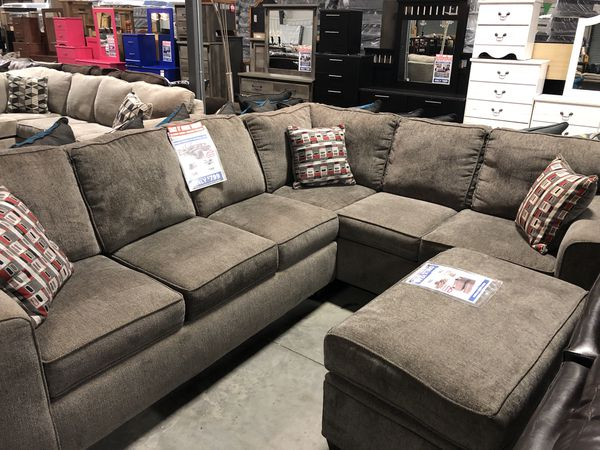Mickey Pewter 2pc. Sectional for Sale in North Little Rock, AR .