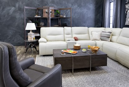 Marcus Oyster 6 Piece Sectional WithPower Headrest And Usb .