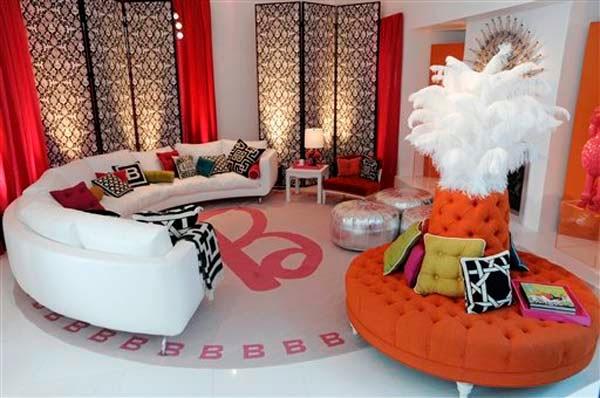 Round and Curved sofa with original accent furnitu