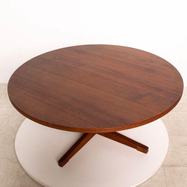 Mid Century Danish Modern Round Coffee Table Solid Teak Wood, Rar .