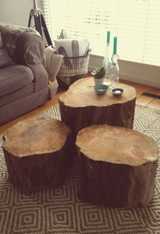 Coffee table made of large pieces of oak tree. | Coffee table wood .