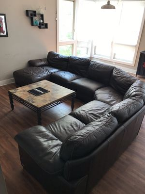 New and Used Sectional couch for Sale in Tallahassee, FL - Offer