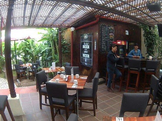 The Backyard Bar & Grill - Picture of The Backyard Bar .