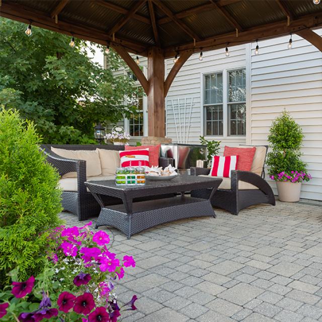 Backyard Makeover on a Budget: 7 Best Inexpensive Backyard Ide