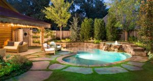 15 Amazing Backyard Pool Ideas | Home Design Lover | Small .