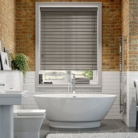 10 Tips For Choosing Bathroom Blinds - Blinds 2go Bl