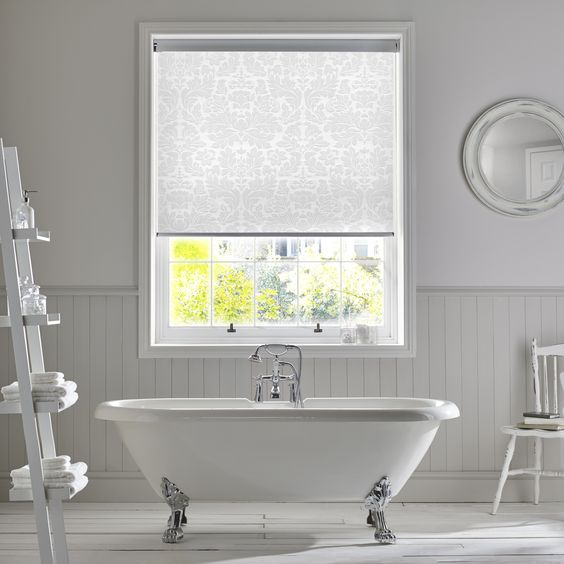 Choosing the Perfect Bathroom Blinds - Blinds By Mart