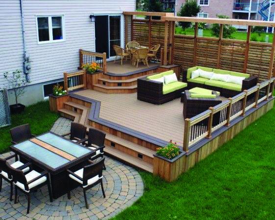 10 Beautiful, Easy DIY Backyard Decks - Homes Tre | Patio deck .