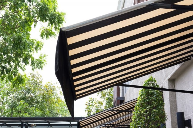 How to Choose Best Window Awning for Your House? - BeautyHarmonyLi