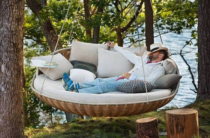 Patio Hanging Chairs: 25 Most Comfortable Desig