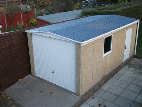Diy slate roof: Concrete shed pane