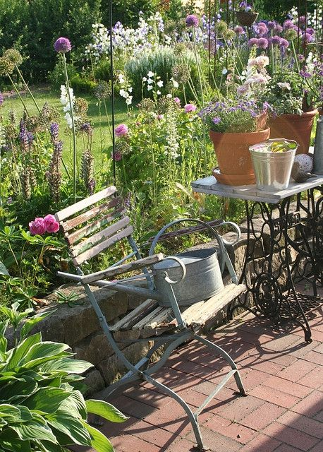 My new Vintage garden chair | Small country garden ideas, Country .
