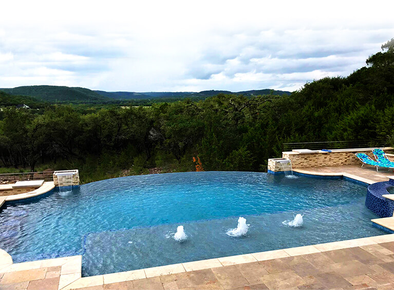 Cedar Park Pool Builder | North Austin Outdoor Livi