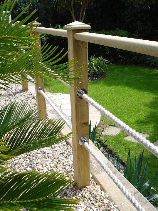 Post & rope decking boarder | Garden railings, Deck garden, Lawn .