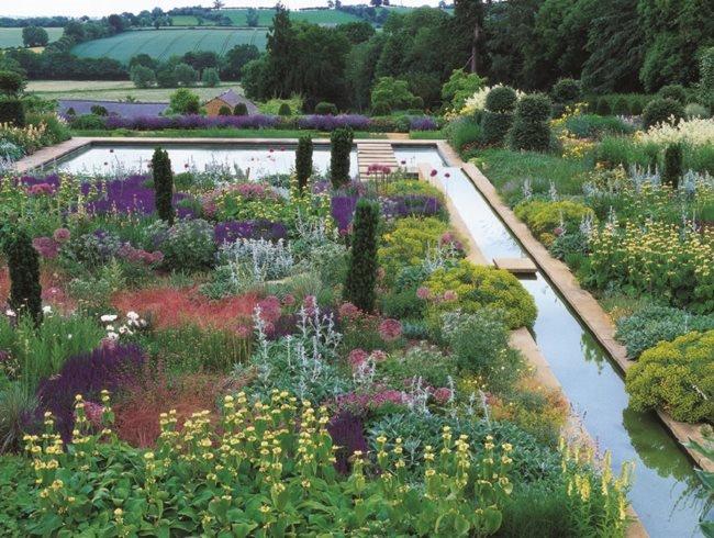 English Gardens | Garden Desi