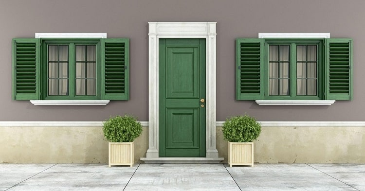 How to Choose the Best Exterior Shutters for Your Fancy Ho
