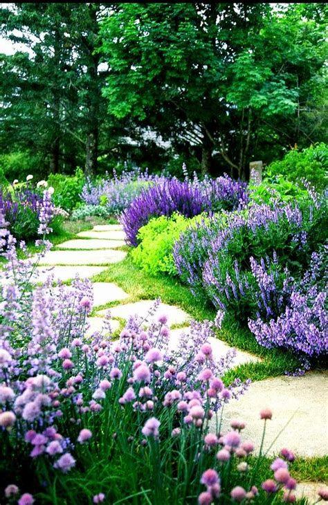 23+ Outstanding Flower Garden Ideas 2019 #flower #garden #Ideas .