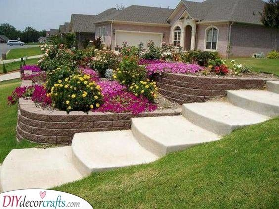 Sloped Gardens - Front Yard Landscaping Ideas on a Budget | Sloped .