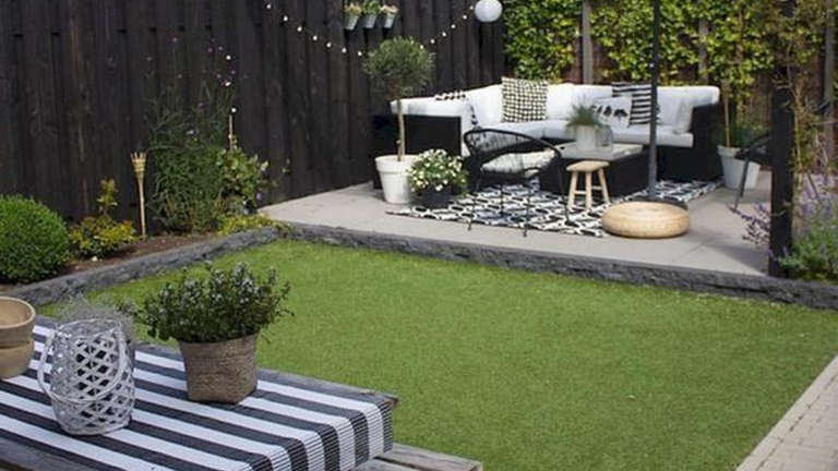 33 Lovely Small Garden Design Ideas - MAGZHOU