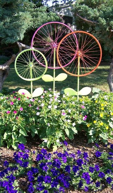Before taking that old bike to the junkyard, consider this garden .