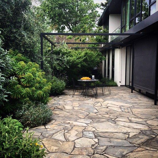 crazy paving. pergola profile. | Outdoor paving, Backyard .