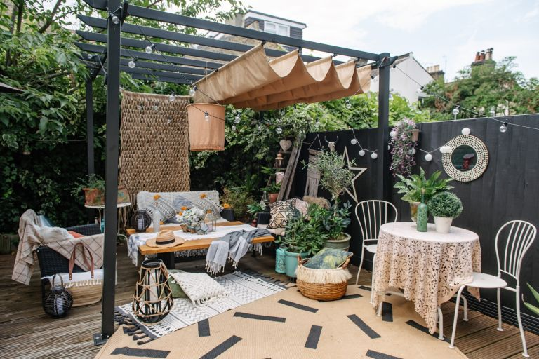 Instagrammers have gone mad for DIY pergolas – our 8 fave fab .