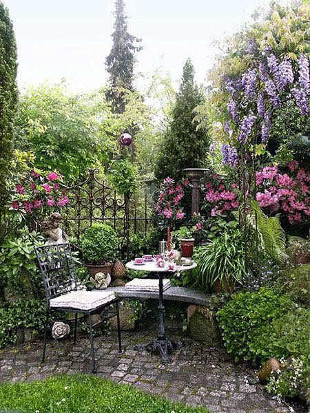 Pin by Nancy1761 on Country Chic & Outdoor Areas, Tea Party's .