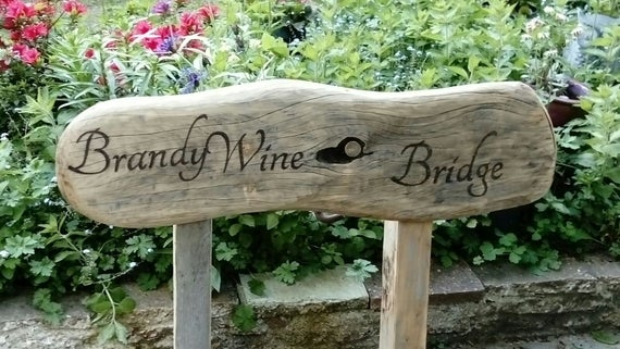 Chunky wooden garden signs | Et