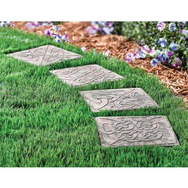 Celtic Knot Garden Stepping Stones Set | Acorn | XB62
