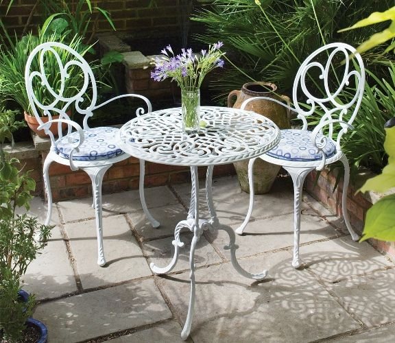 Know More About The Metal Outdoor Furniture – darbylanefurniture .