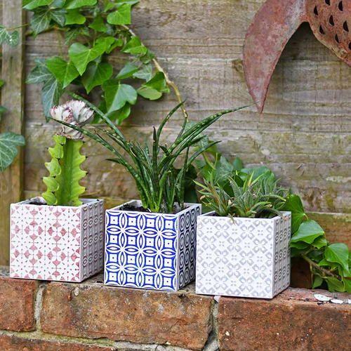 Gorgeous Simple 10 Minute Moroccan Tile Planters | Moroccan garden .