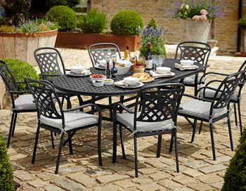 Image of Hartman Berkeley Oval 8 Seater Furniture Set - Midnight .
