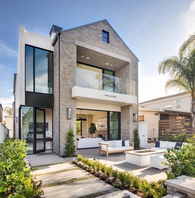 California Transitional Home Design - Home Bunch Interior Design Ide