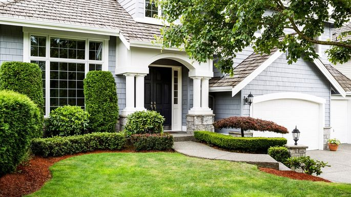 Front Yard Landscaping Ideas to Try Now Before It's Too Late .