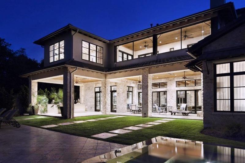 25 Luxury Home Exterior Designs | Luxury homes exterior, Luxury .