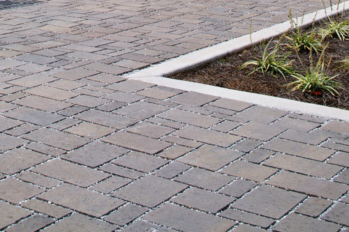 The Advantages of Interlocking Pavers For Residential Hardscaping .