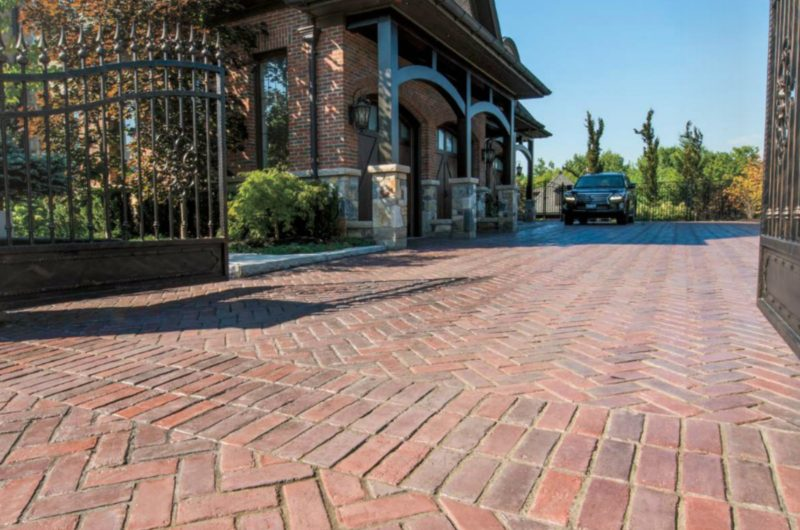 Using Interlocking Stone and Pavers for Driveways - MyFancyHouse.c