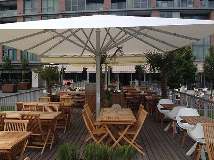 STRONGWIND UMBRELLAS - EXTRA LARGE OUTDOOR UMBRELLAS by Uhlma