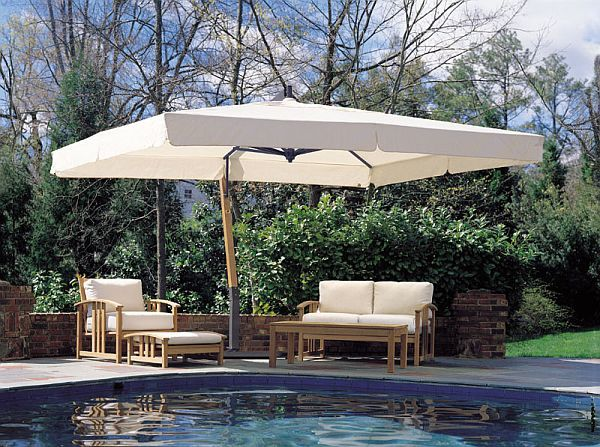 Giant Sidepost Umbrella, P-Series this wood be great near pool so .